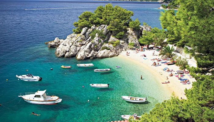 Sea and  secluded beaches - A key feature of Croatia