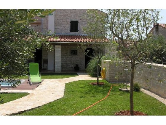 Semi detached property for sale in Tar near Porec