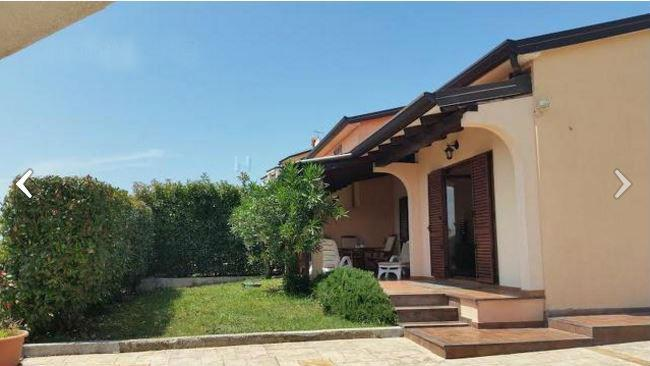Beautiful house 500 meters from the beach