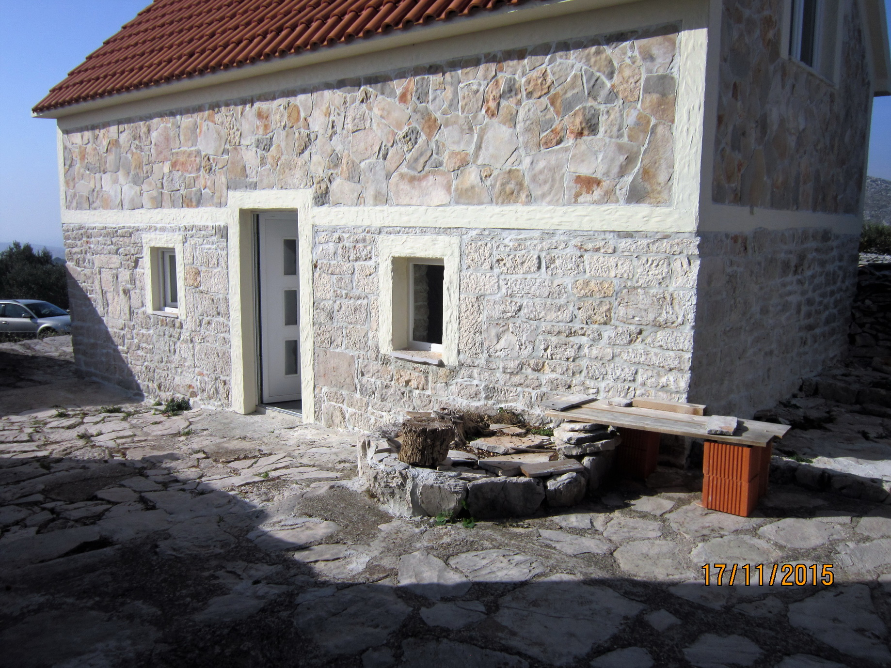 Beautiful and renovated stone house for sale on the Adriatic coast