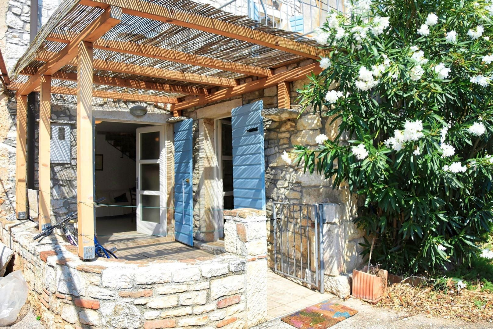 Authentically renovated stone house, only few miles away from Porec