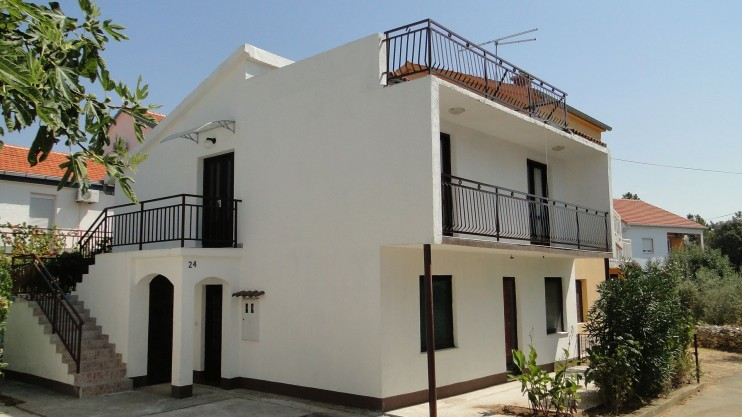 Attractive detached house for sale in Petrčane near Zadar