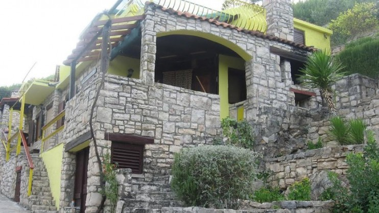Apartment house for sale - Island of Korčula