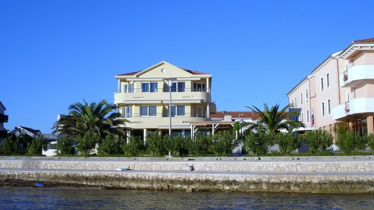 Sea shore apartment for sale Privlaka - Zadar