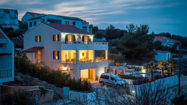 Wonderful villa for sale. Sutivan - Island of Brač, Croatia